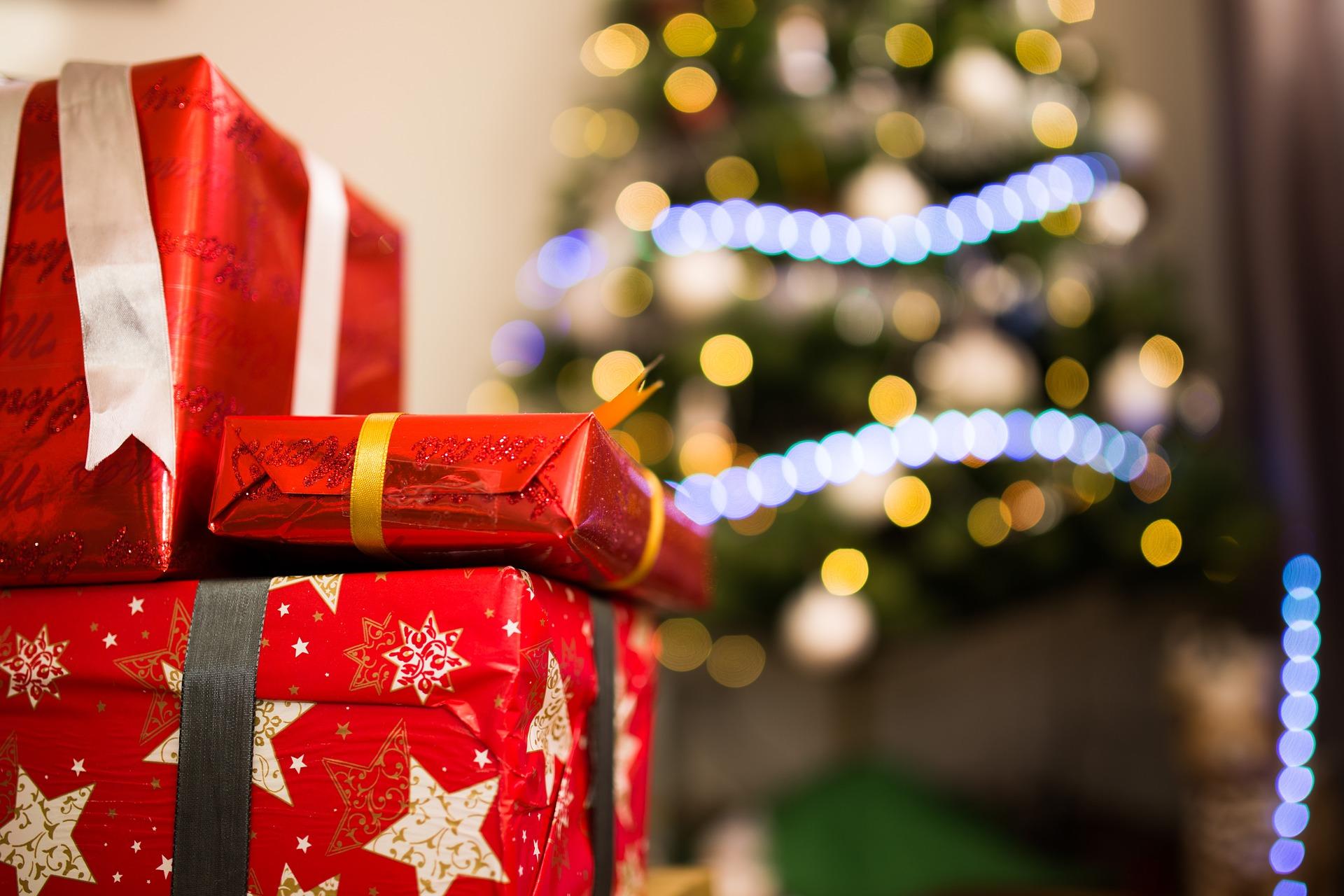 Prvý vianočný datovania darček
